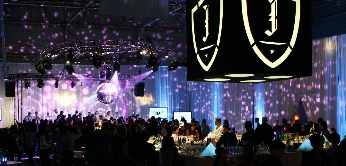 Weddings Birthdays Bar Bat Mitzvahs Lighting Sound
