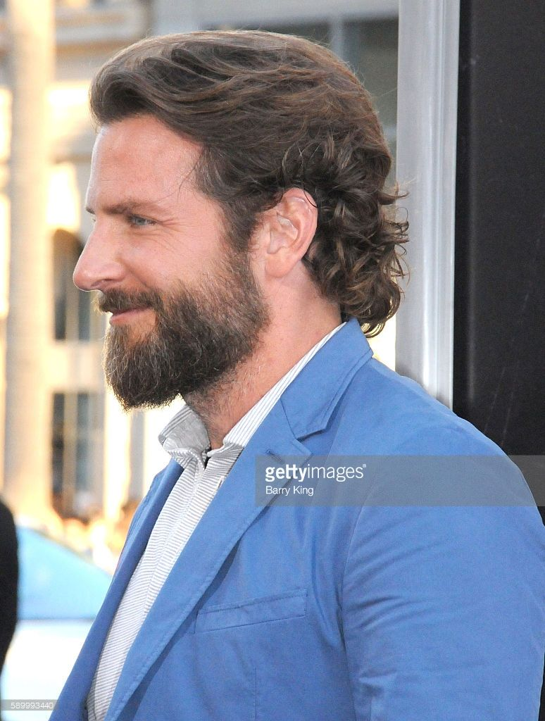 Producer Actor Bradley Cooper Attends The Premiere Of Warner Bros Mens Medium Length Hairstyles Medium Length Hair Men Long Hair Styles Men