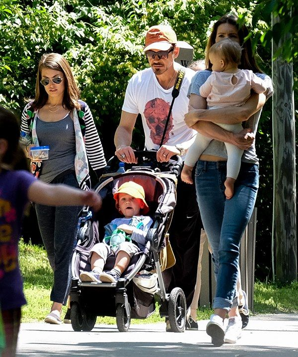 Robert Downey Jr Kids: Jeremy Renner And Sonni Pacheco And Robert Downey,jr