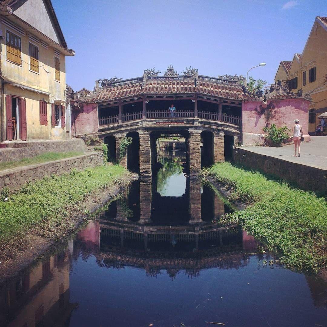 """""""#hoianancienttown #japanischebrücke #Vietnam #wanderlust#backpacking"""""""