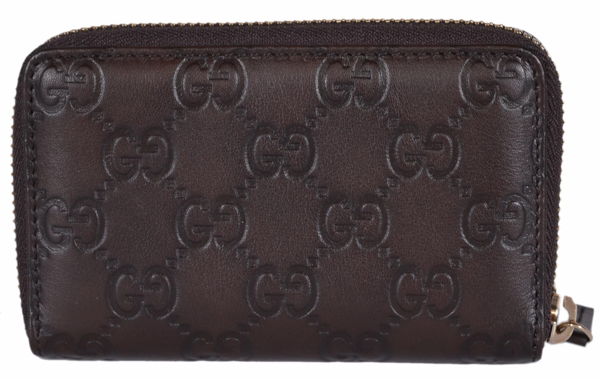 35c695a82d09 NEW Gucci 255452 Brown Leather GG Guccissima Zip Around Card Coin Case.  Free shipping and guaranteed authenticity on NEW Gucci 255452 Brown Leather  GG ...