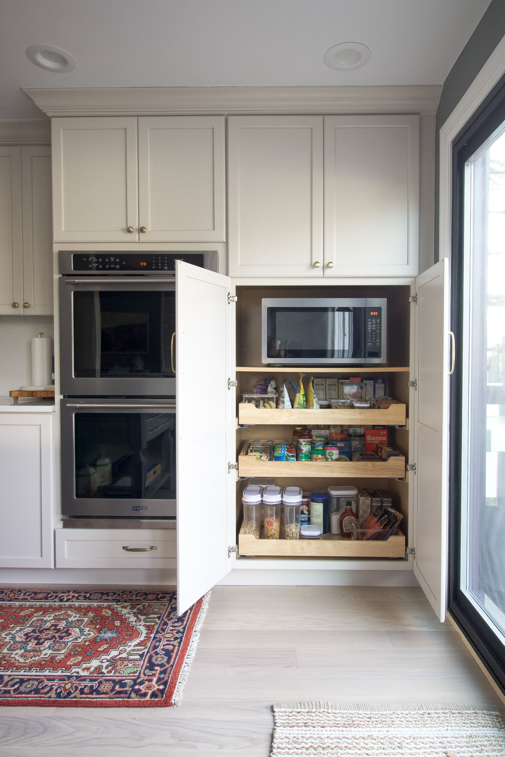 How to Organize Pantry Drawers