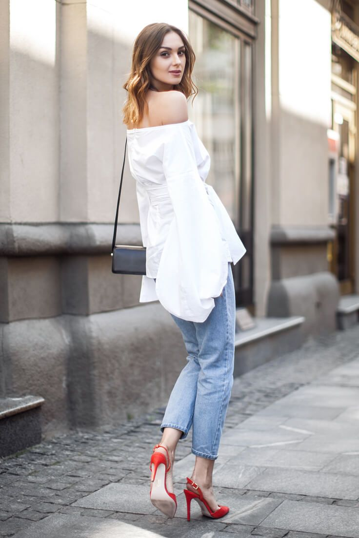 b195614665f 40 Bell Sleeve Tops To Fall In Love With This Spring | Spring ...