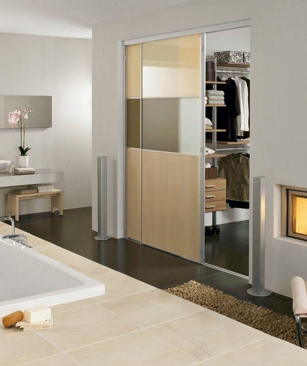 Hochwertiges Badezimmer mit Kleiderschrank von CABINET Begehbare - kronleuchter für badezimmer
