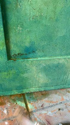 #wash #painttutorial #paintedfurnitureideas #anniesloanchalkpaint