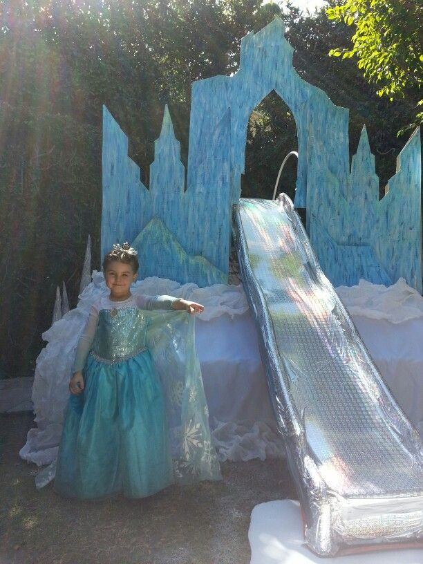 Seriously The Ultimate Elsa Castle Frozen Birthday