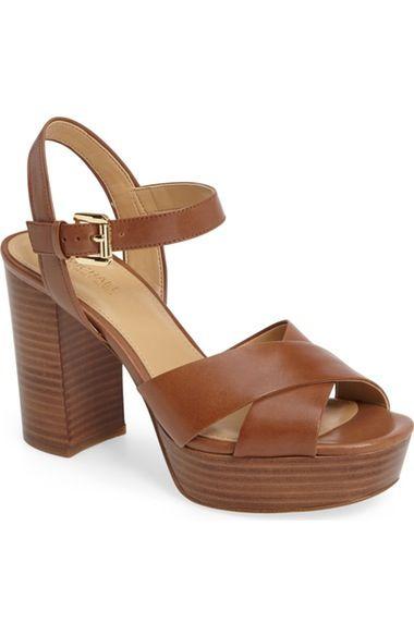 MICHAEL MICHAEL KORS . #michaelmichaelkors #shoes #sandals