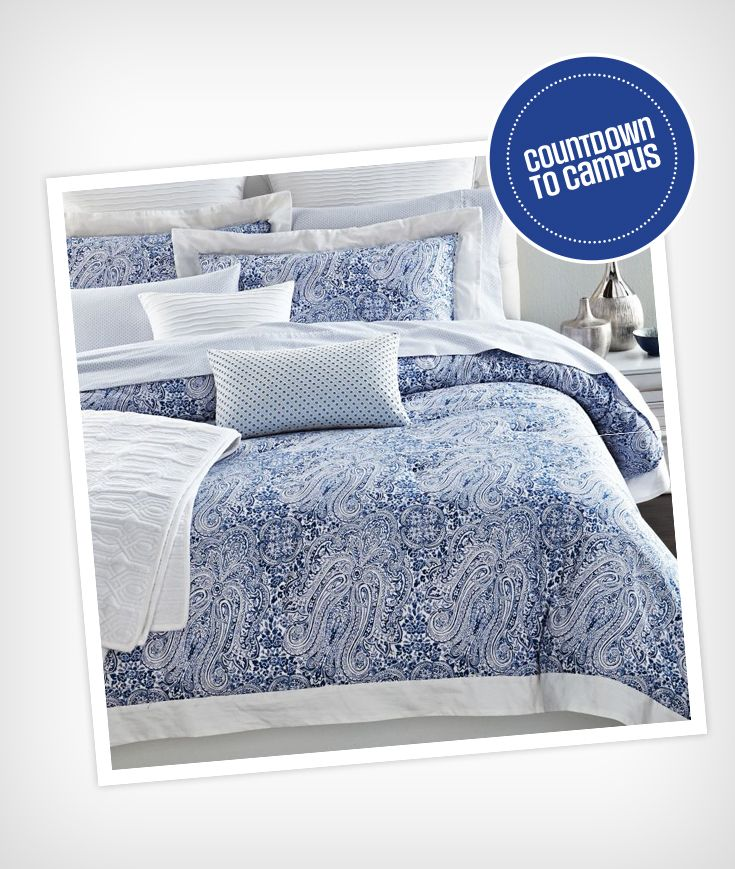 Spruce up your dorm room! This lovely cotton comforter