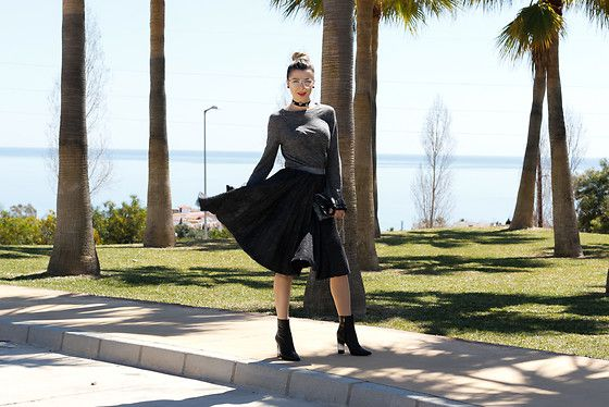 Get this look: http://lb.nu/look/8662289  More looks by Cosmina M. //mbcos.net: http://lb.nu/mbcos  Items in this look:  Luciano Barachini Boots   #casual #romantic #street #style #spanishblogger #fashion #malagafashionblogger #moda #italianshoes