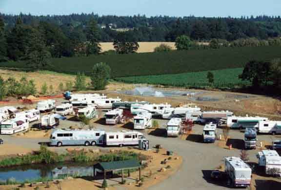 Passport America Campgrounds Rv Parks And Campgrounds Campground Camping Club