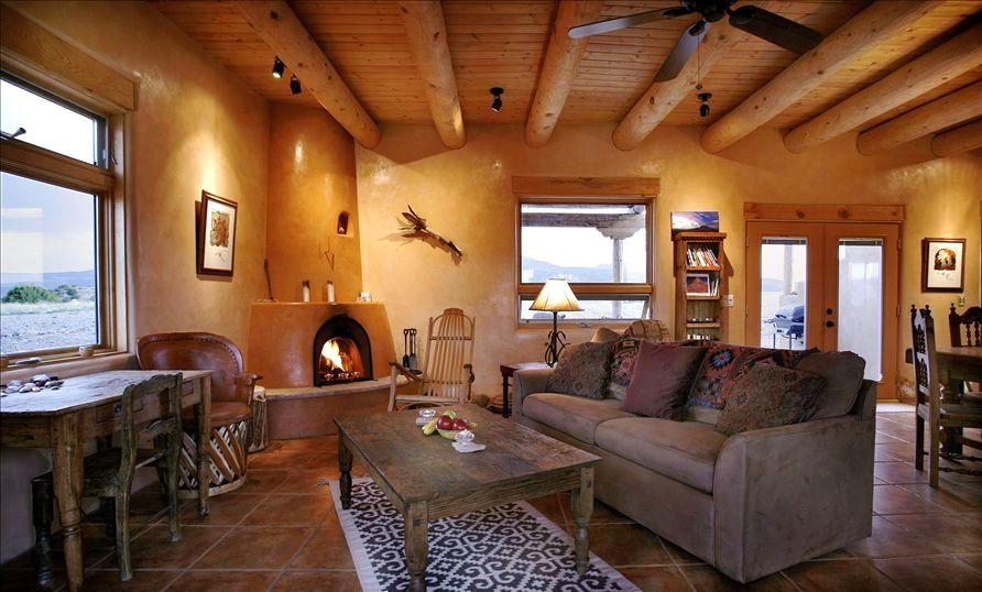 Custom Plastered Walls Kiva Woodburning Fp Pine Vigas On Ceiling