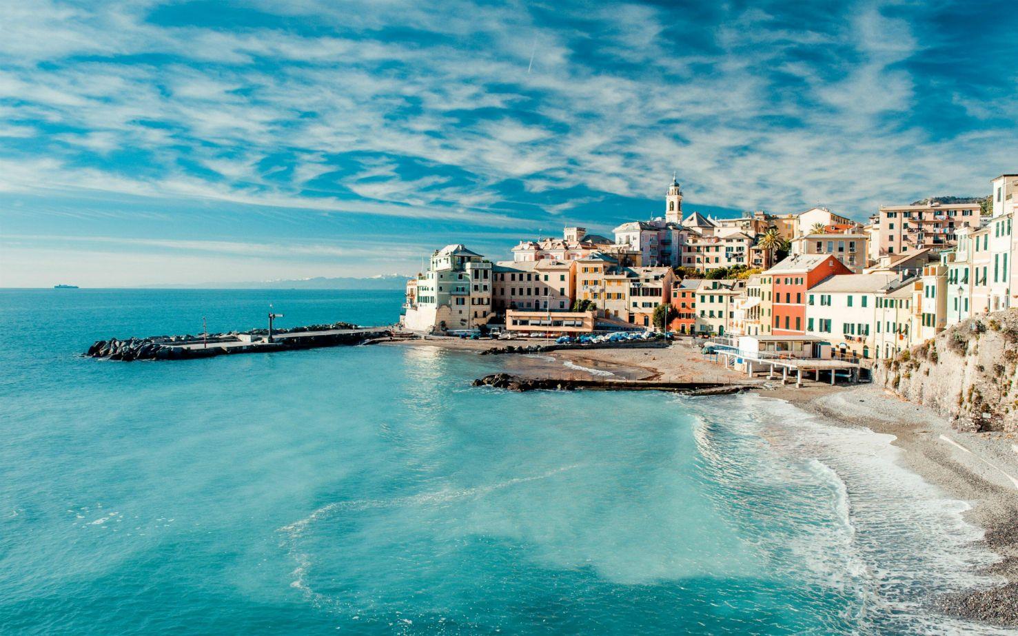 Imágenes Sobre Viajar A Otro País: Genoa Bay, Liguria, Italy