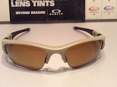 191bed8b91 Oakley SI Flak Jacket XLJ Desert frame w  Bronze Polarized SKU  53-100  (defect)