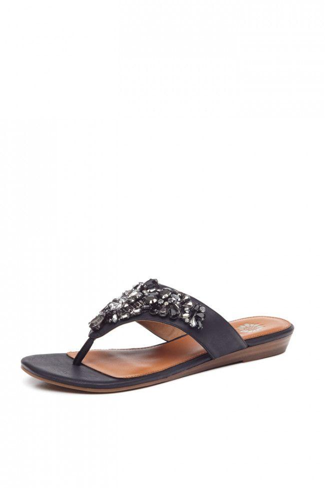 Dandee Wedge Sandal in Black