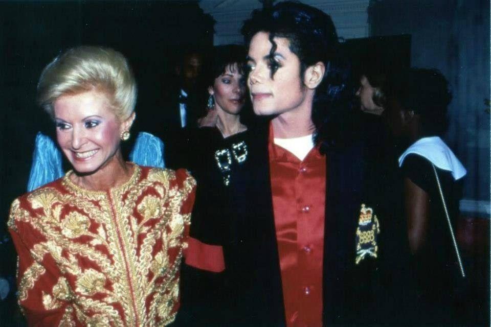 Au début du mois d'avril 1990 Michael Jackson est à Washington D.C. afin de recevoir le prix d'Artiste de la Décennie par le Capital...