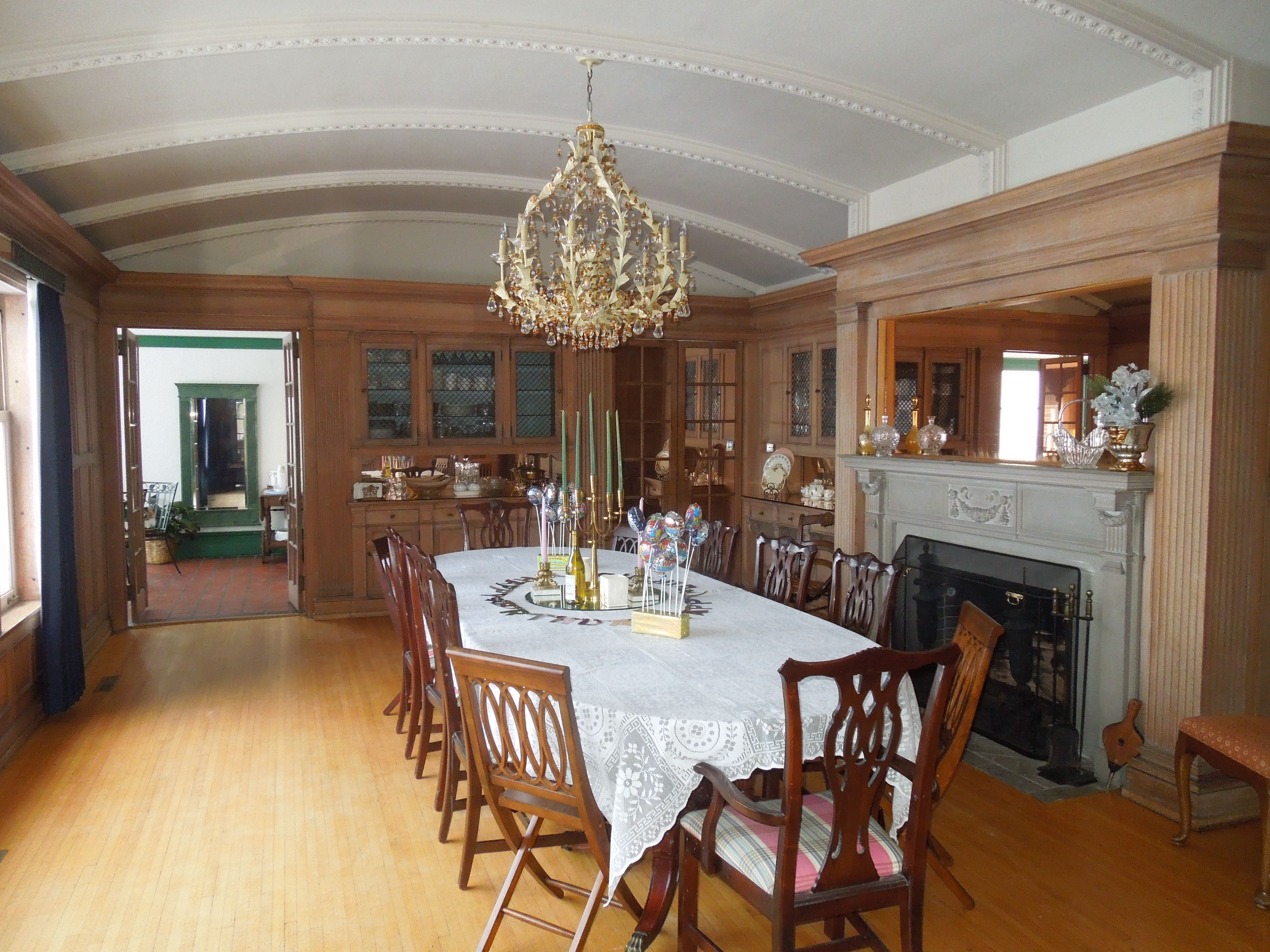 Elegant dining room at castino lakeview mansion large