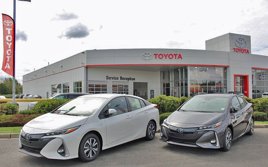 Prius Primes Guarding The Gate Toyota Dealers Toyota Hybrid Toyota Dealership