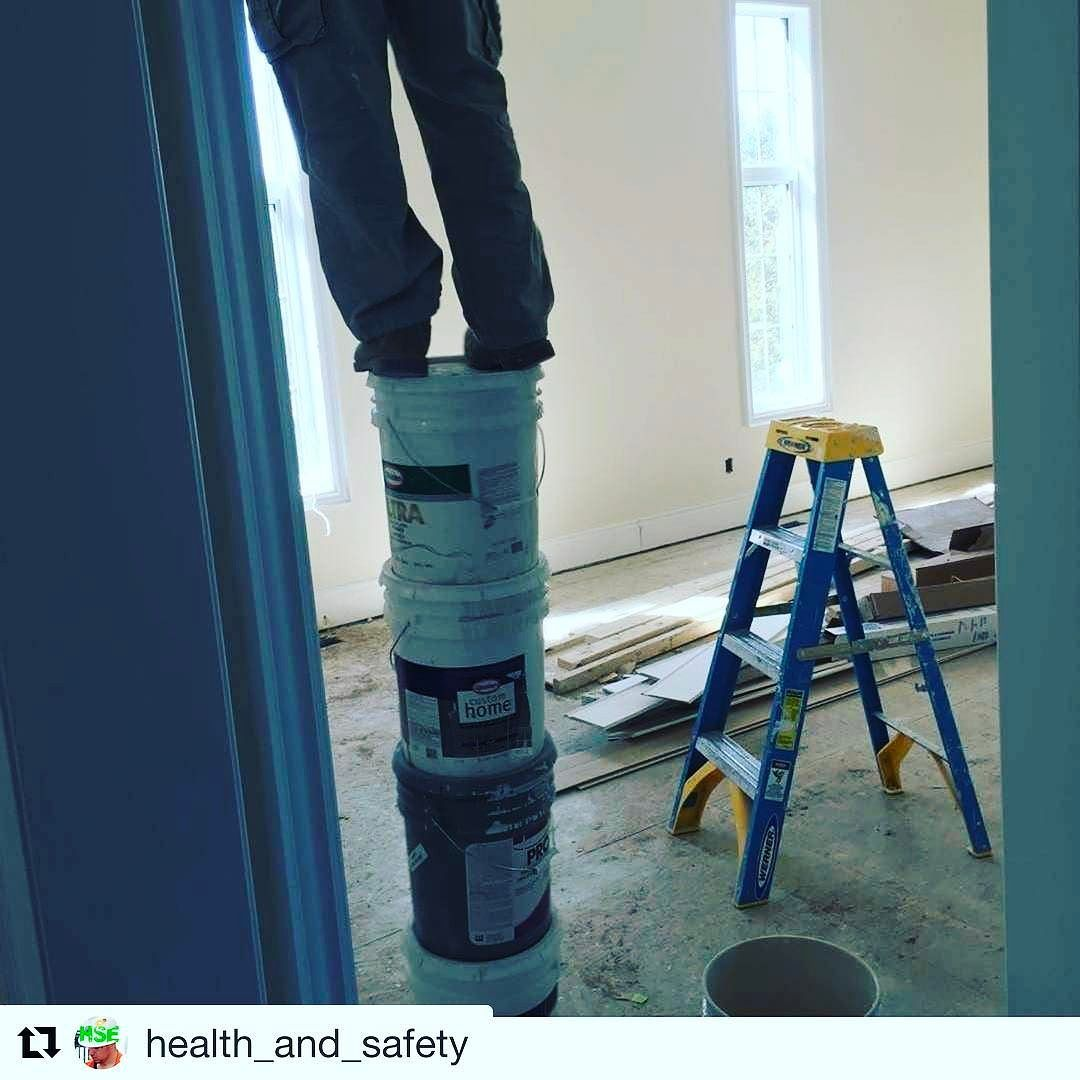 ...but Bucket Ladders are ѕтαкαвℓє right health_and