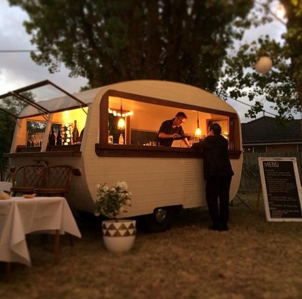 tom collins caravan bar caravane ambulant pinterest caravane. Black Bedroom Furniture Sets. Home Design Ideas