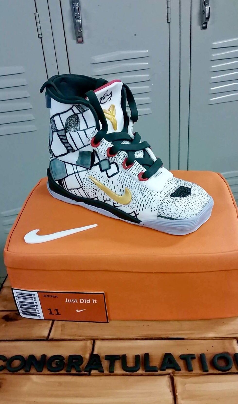Kobe Bryant Nike shoe cake.. | Converse