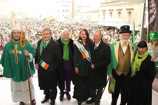 St. Patricks Day Parade 2013 in München / Munich am 17.03.2013 Größte europäische Feierlichkeiten außerhalb Irlands mit After Parade Party http://www.ganz-muenchen.de/freizeitfitness/st_patricksday/intro.html