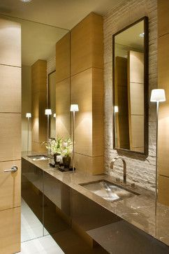 Houzz Home Design Decorating And Remodeling Ideas And Inspiration Kitchen And Bathroom Design Small Master Bathroom Bathroom Design Restroom Remodel