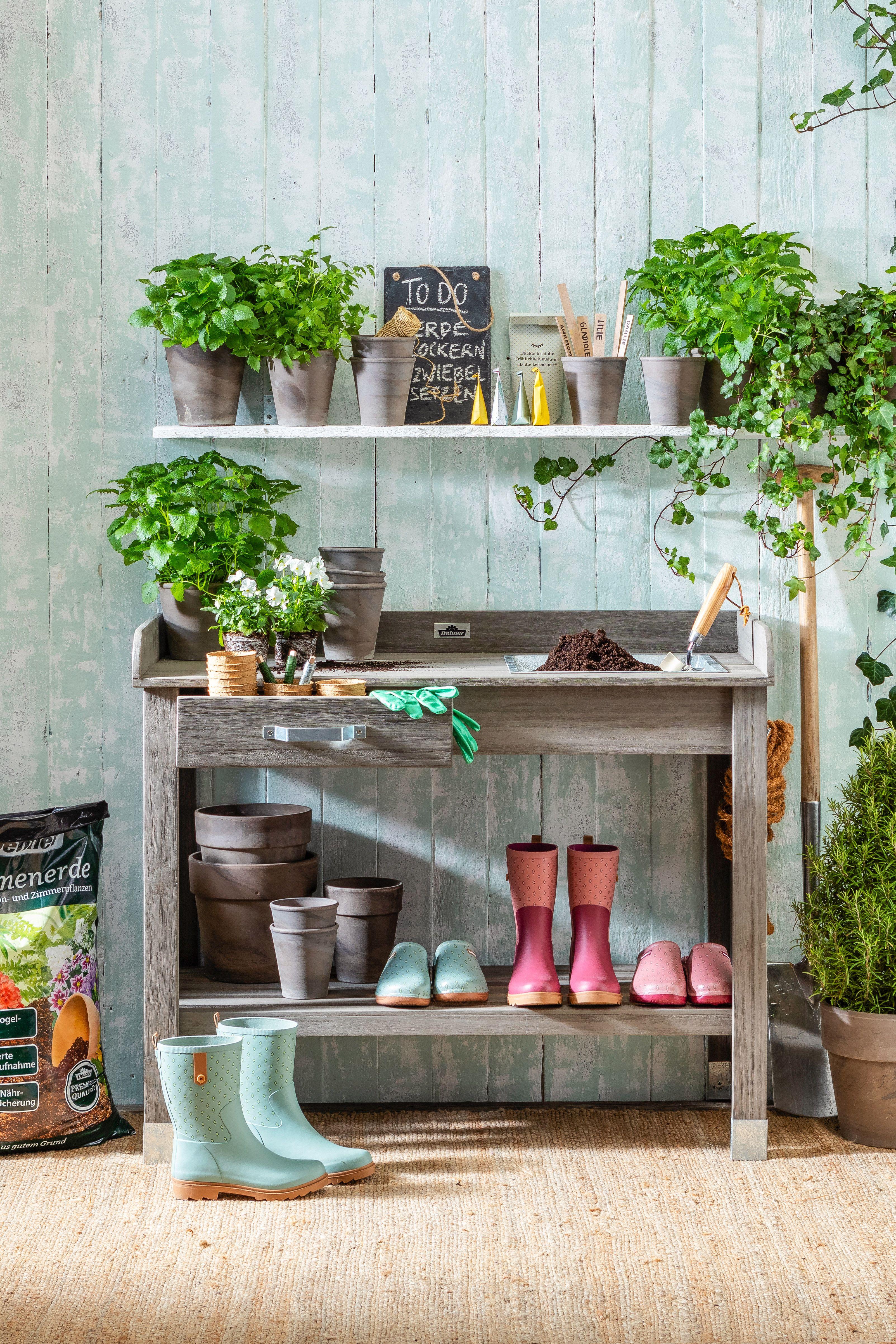 Pflanztisch Ein Praktischer Arbeitstisch Fur Den Garten Pflanztisch Arbeitstisch Pflanzen