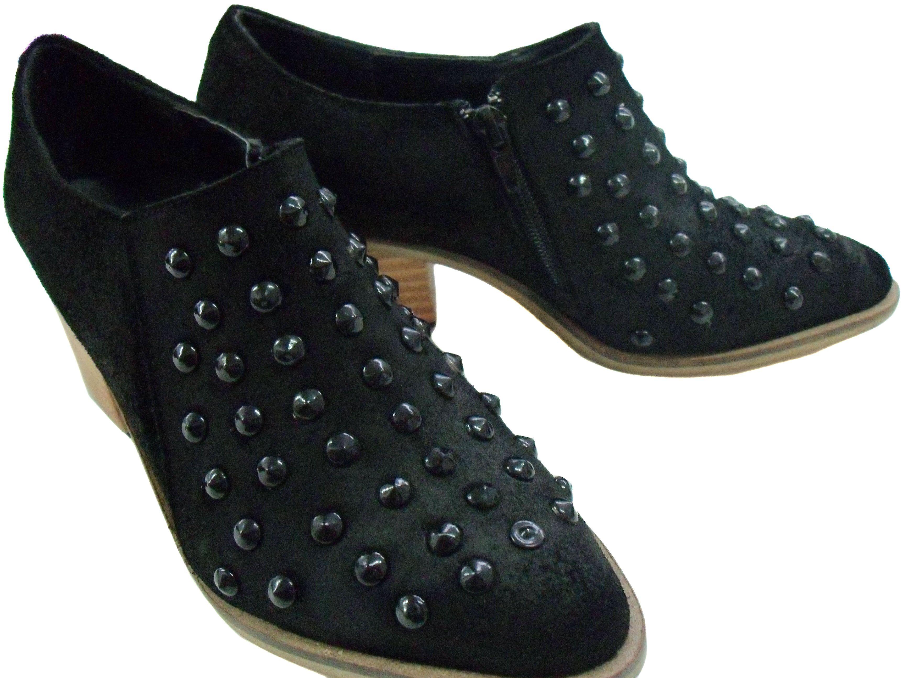 dabeff6b76 art. k8565 - Botas cortas con tachas cuero negro