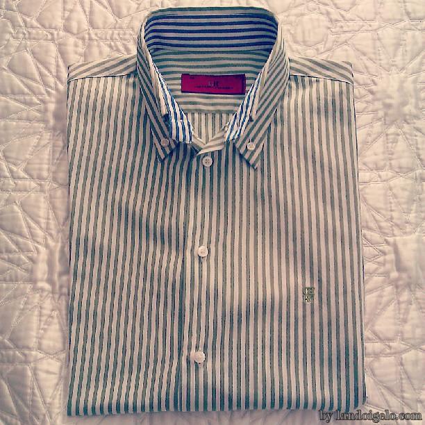 Camisa para hombre by Carolina Herrera. Más detalles en landoigelo.com