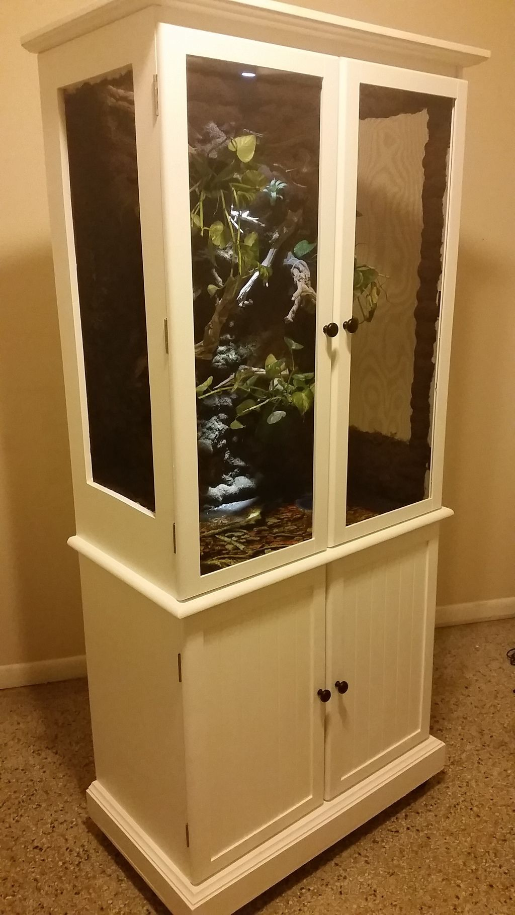 Side view with doors closed of almost completed Chameleon vivarium. & Side view with doors closed of almost completed Chameleon vivarium ... Pezcame.Com