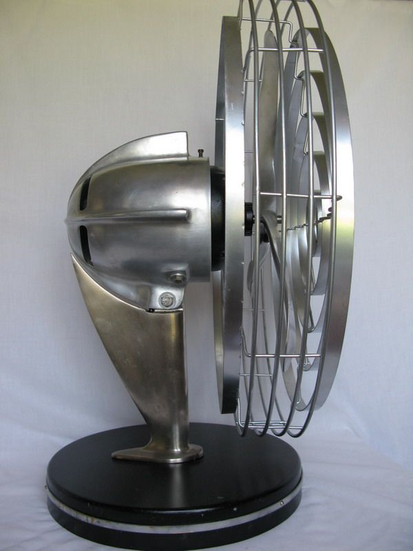 Art Deco Fan Designed By Robert D Budlong An Industrial Designer Who Also Styled Products For Zenith Electronics A Manufacturer Antique Fans Design Art Deco