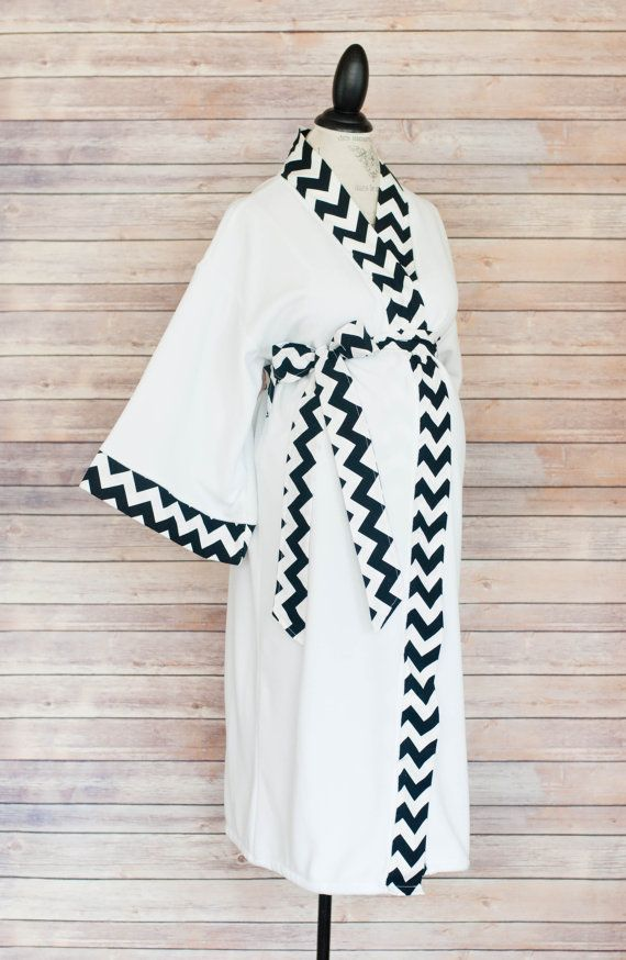 Maternity Kimono Style Robe  Black Chevron Coordinate as by modmum  #modmum #deliverinstyle #etsy #hospitalgown #baby #mom #pregnancy #delivery #maternity #pushpresent #black #chevron #robe #kimono