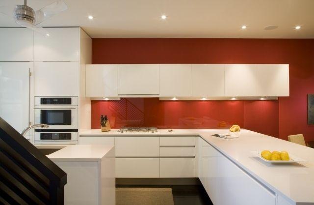 Küche Wandgestaltung Glas Spritzschutz Wandfarbe Rot