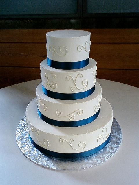 Simple Royal Blue Wedding Cakes