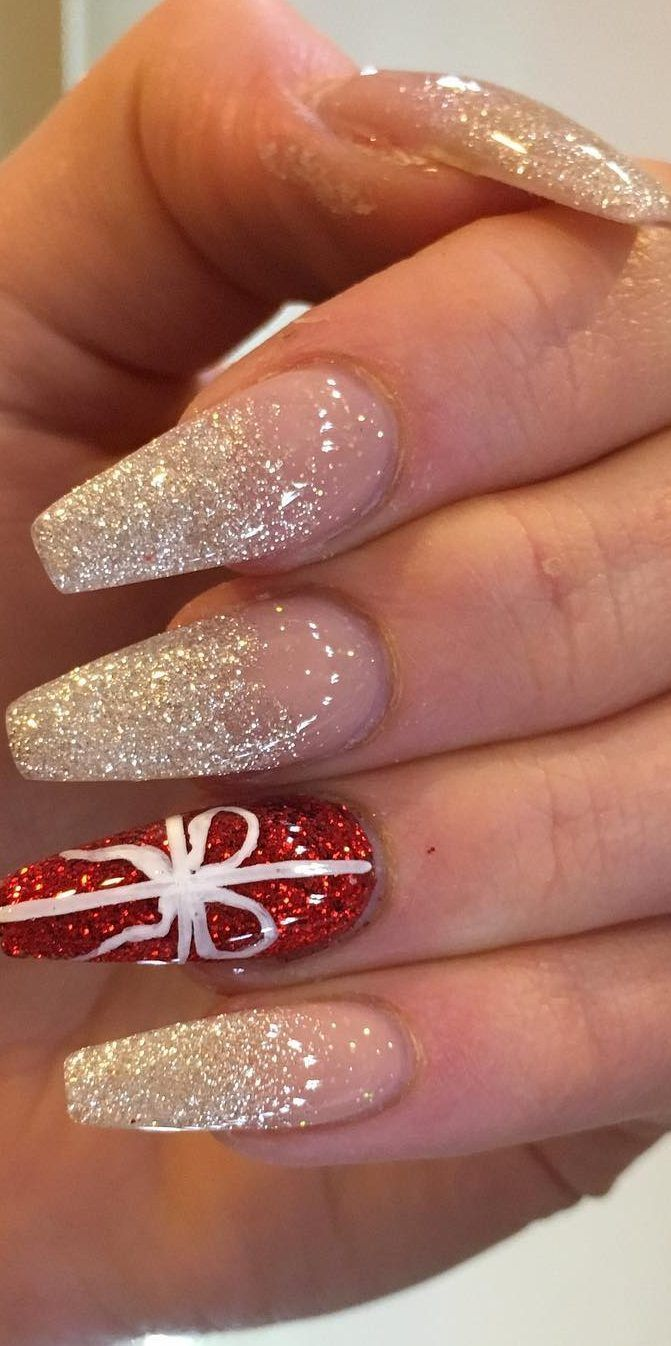 41 Suprising Christmas Nail Art Design Ideas For This New Year Part 13 Christmas Nail Art Designs Cute Christmas Nails Xmas Nails