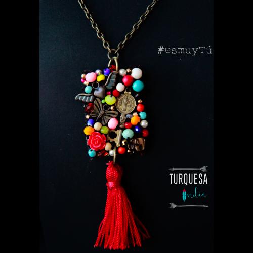 En Turquesa Indie, los caprichos los hacemos por ti. Si tienes una idea, nosotros te ayudamos a crearla. Hay toda clase de materiales para formar tu propio diseño. Saca la creatividad que llevas dentro. #handmade #turquesaInsie #esmuytú #diseñodejoyas #100Original #Artesanal #Trendy #Tampico #diseñosespeciales