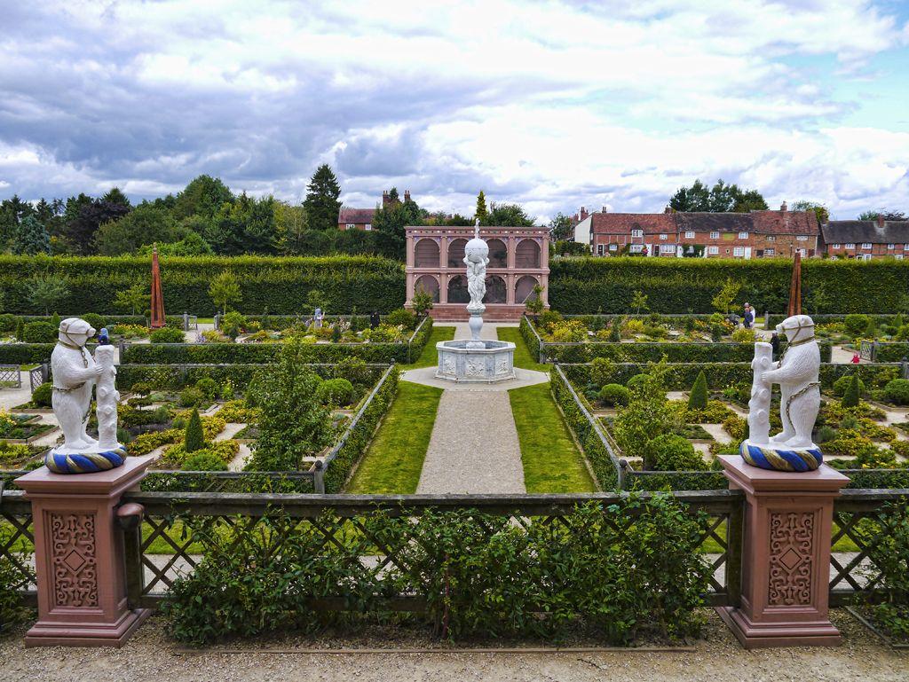 Enchanting Kenilworth Castle and Elizabethan Gardens ...