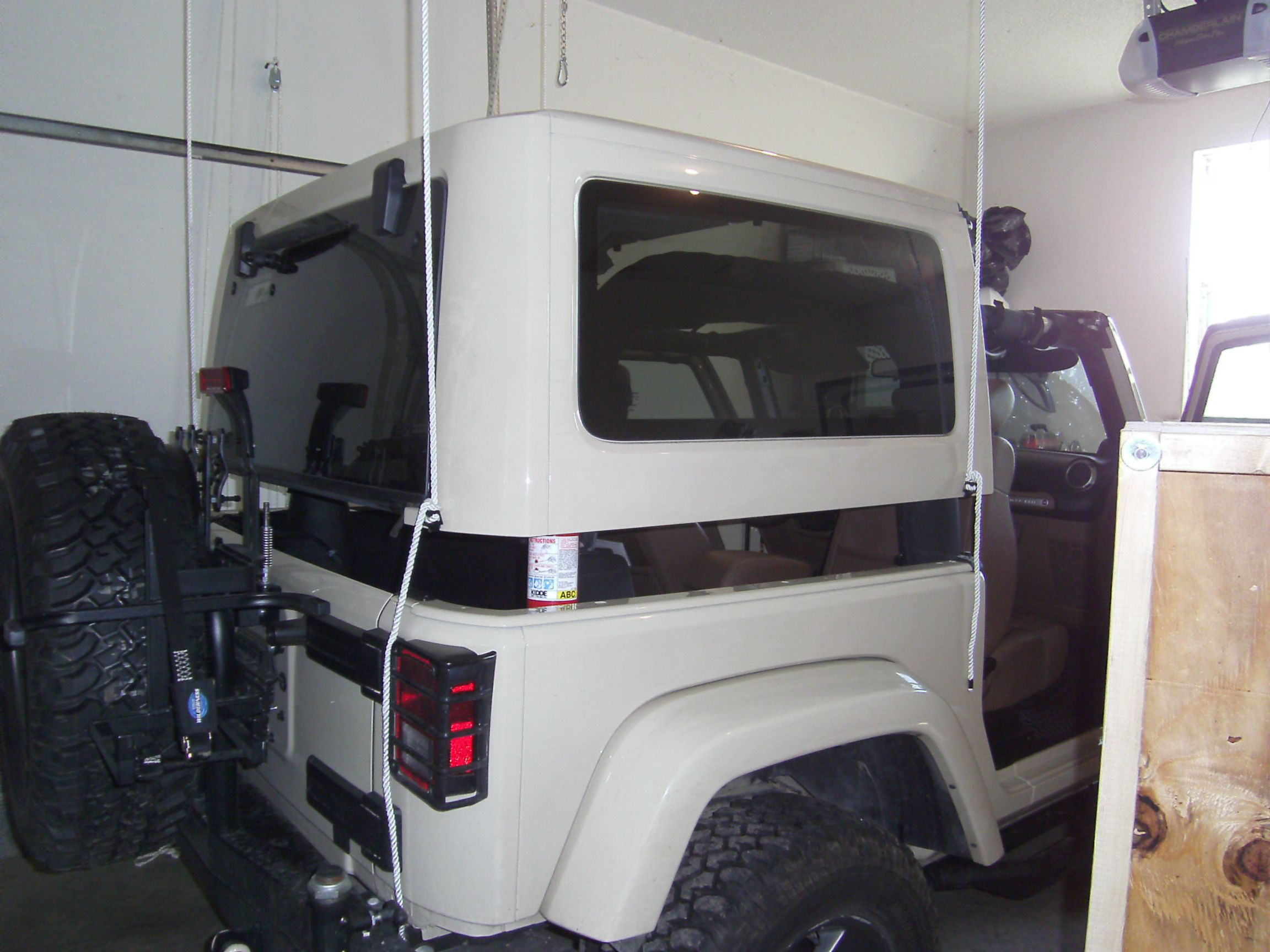 Awesome Pulley Lift System For A Jeep Hard Top Jeep Tops Jeep
