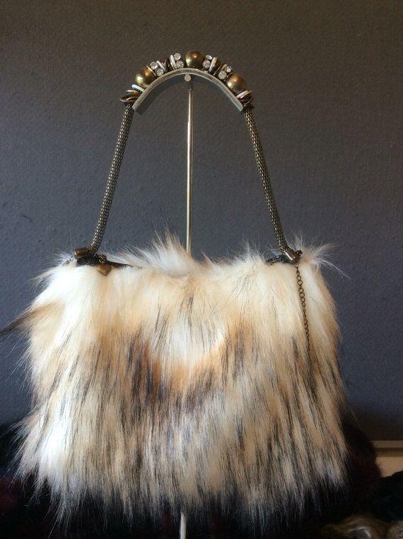 f120498a9f239e Faux fur evening bag   bags   Bags, Evening bags, Faux fur