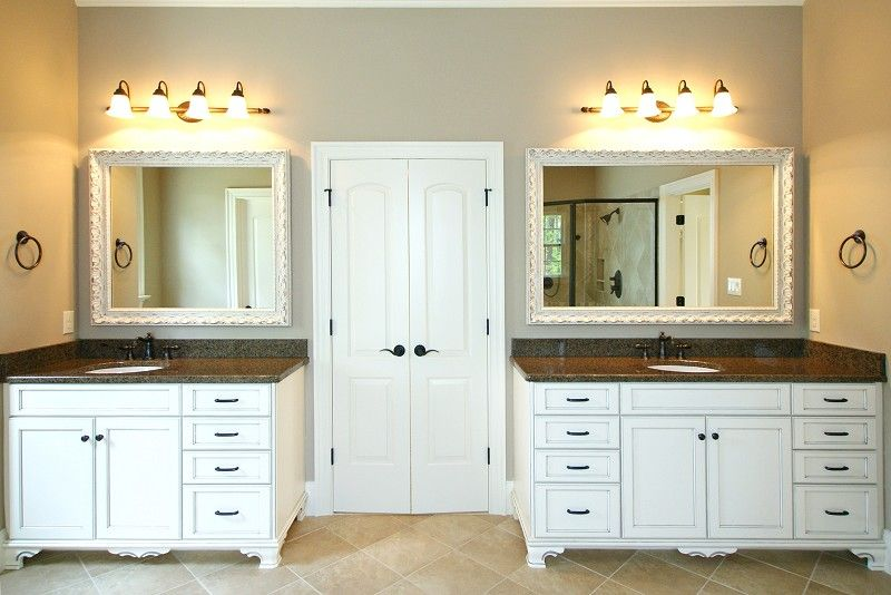 WHAT CABINETS ARE THESE??Future Homes, Inc. - [Property Listings, Brighton Forest, Chestnut Oaks, Heritage, Highcroft, Jamison Park, Oakcroft, Southpoint Manor. Raleigh, Cary, Apex NC.]