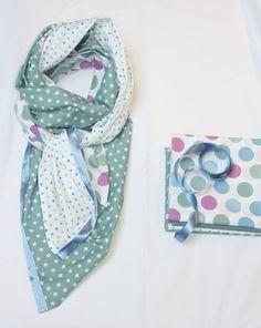 Vous rêvez de ce grand foulard dont on voit les jolies couleurs un peu partout? Voici comment fabriquer vous-même le grand foulard carré....