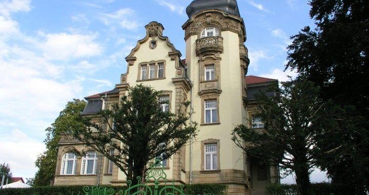 Villa Ipser am Rothenburg,  Alte Steinhauser 11, Zweibruecken,  ( 3.6km or 5 minutes to Zweibruecken Airbase