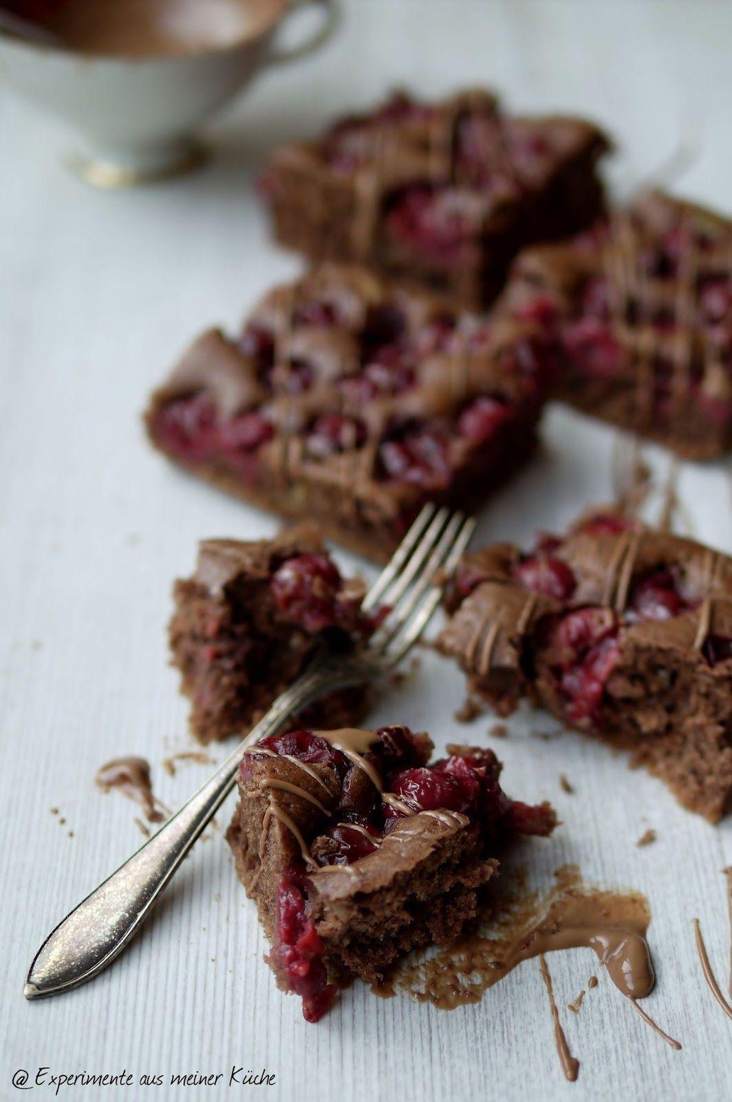 Schokoladiger Schoko-Kirsch-Kuchen - Experimente aus meiner Küche