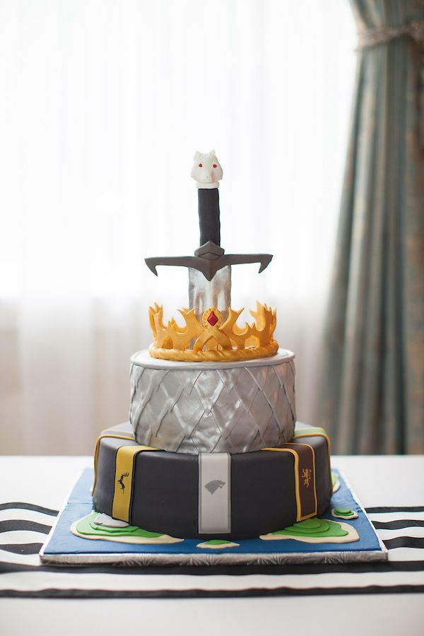 game of thrones wedding cake austinweddingphotographer. Black Bedroom Furniture Sets. Home Design Ideas