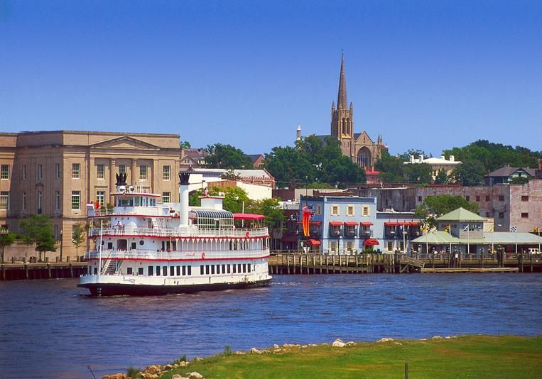 In Addition To Three Beautiful Beaches Por Attractions The Wilmington Area Include Battleship North Carolina Fort Fisher State