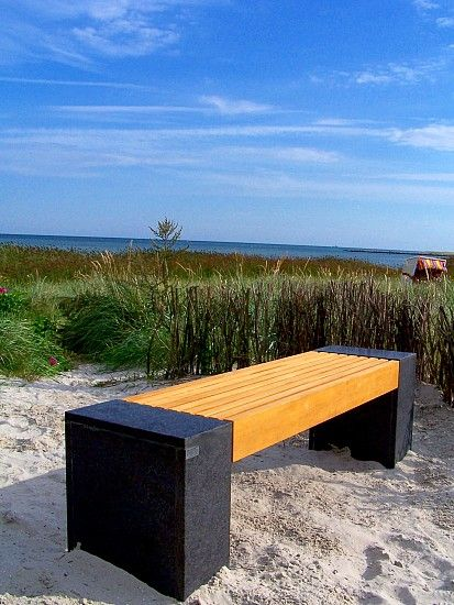 Baltic Natural Stone Bench   Union   Freiraummobiliar