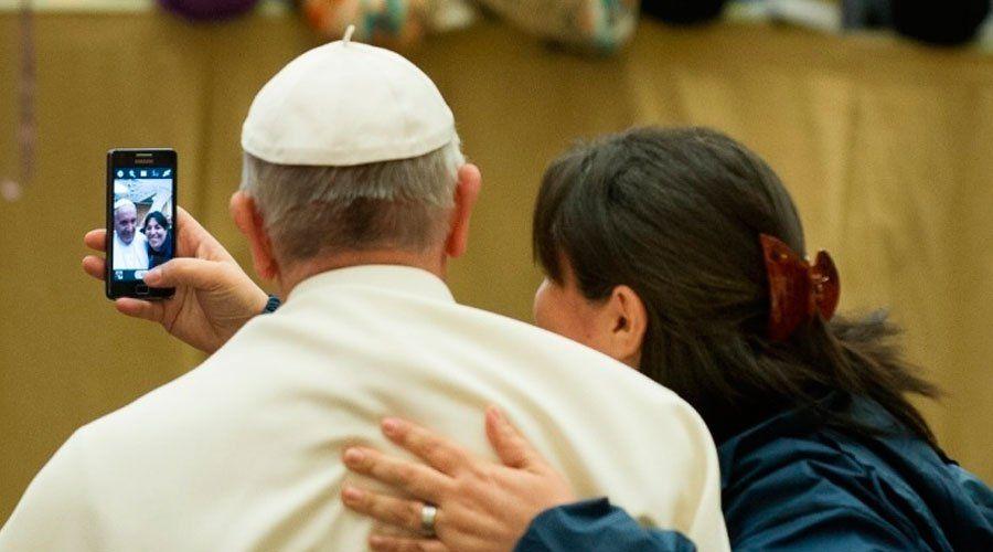 """El Papa Francisco ha concedido una entrevista al diario argentino """"La Voz del Pueblo"""" con ocasión del 25 de mayo, aniversario del primer gobierno nacional. En ella cuenta una serie de cosas que eran poco o nada conocidas sobre su vida."""