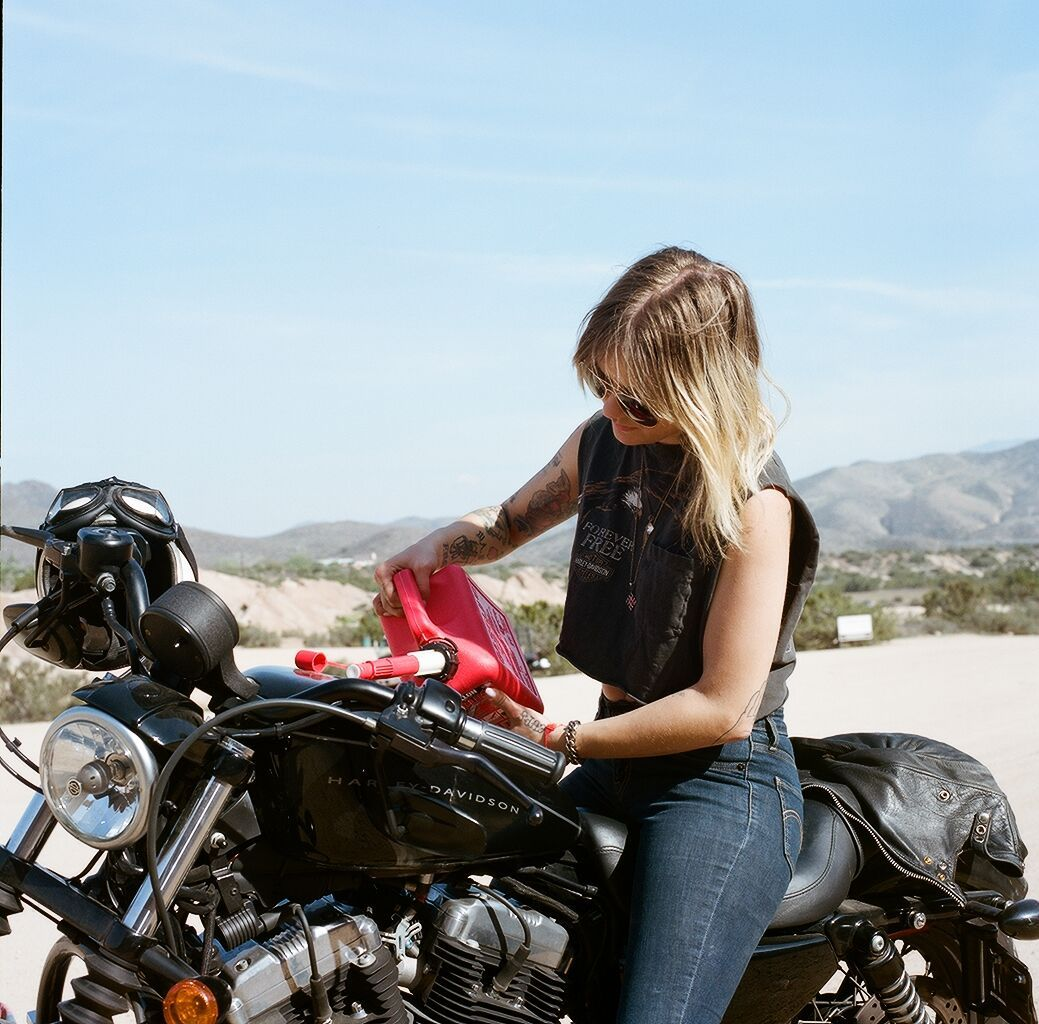 motorcyclist dating Biker match - the only free uk motorcycle social site for news, events, dating, rallies, ride-outs and more.