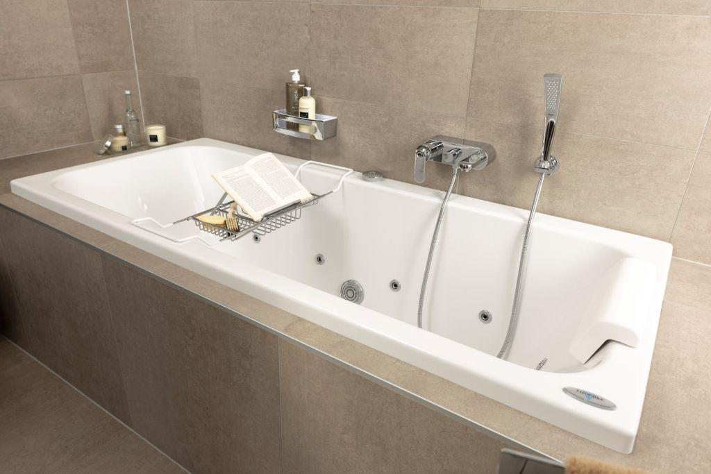 De ultieme ontspanning in de Soft Line badkamer is het Cleopatra ...