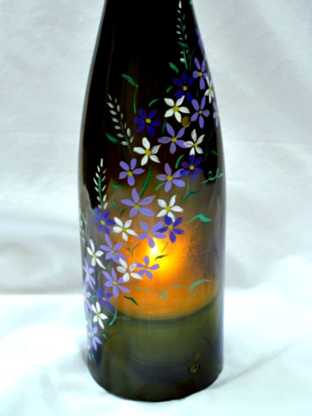 Craft lights for wine bottles - Find This Pin And More On Someday Crafts Recycled Wine Bottle Tea Light